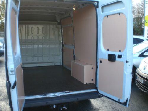Garage Jallier Tharreau Garage Automobile Cholet Location Vehicule 9 Places 789432 CIMG2523 121